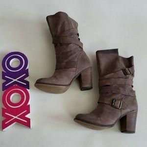 ALDO taupe mid calf slip on chunky heel booties
